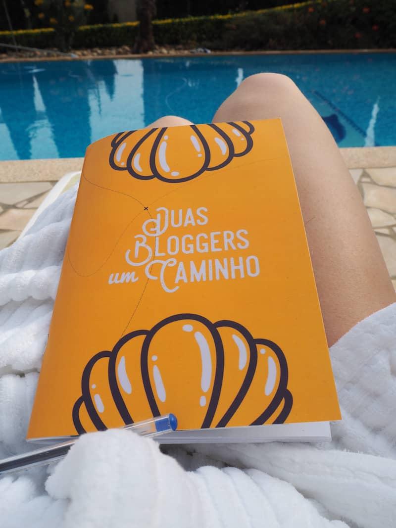 Camino-Tagebuch: Für mich als kreative Schreibseele mindestens ebenso unverzichtbar wie der Stempelpass oder die Jakobsmuschel selbst.