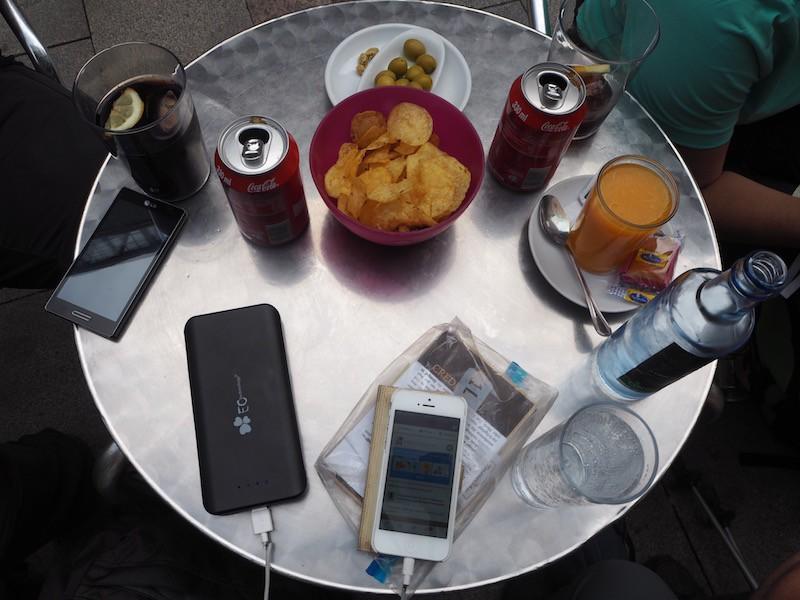 """Internet-Abstinenz """"light"""": Mit Smartphones dennoch stets verbunden bleiben (sodenn gewünscht)."""