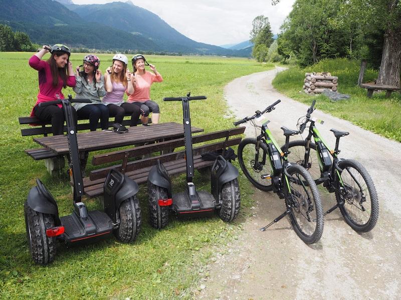 ... los geht's entlang des Gailtal, hier in ca. 20 Minuten Fahrtzeit von der Kleinstadt Kötschach-Mauthen entfernt ...