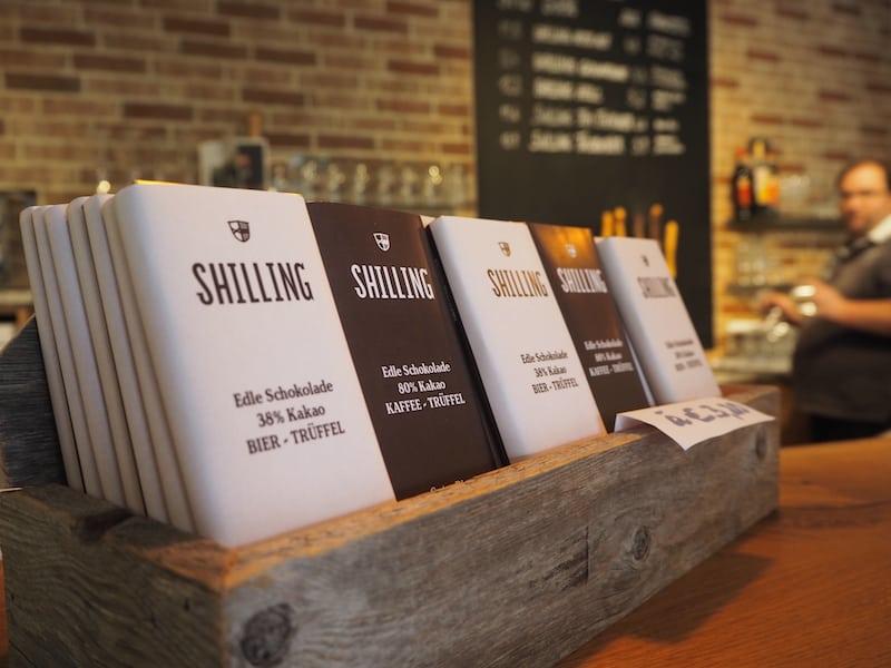 Das Treffen mit Uli von der Shilling Brauerei beginnt süß ...