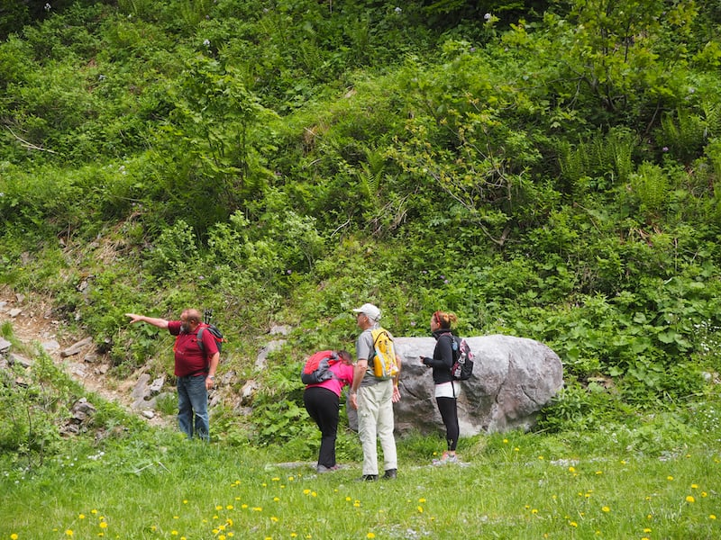 Die Bergtour mit Sepp Lederer entführt uns in luftige Höhen ...