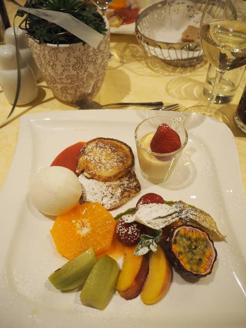 Mahlzeit bei der köstlichen Ankunft in Loipersdorf!