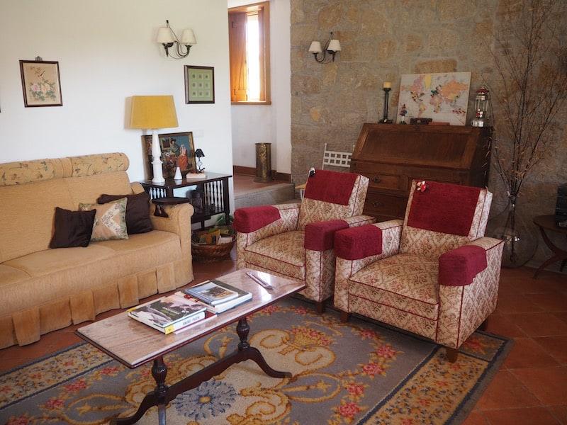 ... gemütlich und mit viel Liebe zum Detail auch hier die Ausstattung des Hauses.