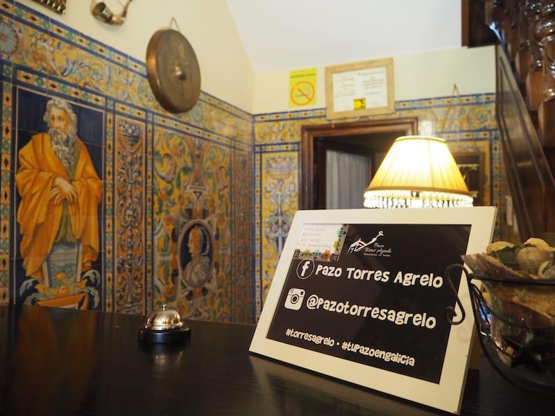 Gleich zur Begrüßung ist auch Social Media und die Tatsache, dass wir über den Camino bloggen, ein Thema ...