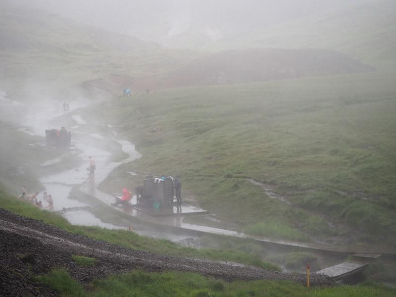 """... bis hin zu nebelverhangenen Tagen wie diesen sind es oft weniger als 24 Stunden. Generell gilt die heitere Regel: """"If you don't like the weather, wait 15 minutes!"""""""