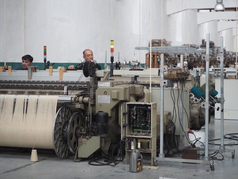 Der Besuch der Schafswoll-Fabrik in der Kleinstadt Manteigas, im Herzen der Serra da Estrela ...