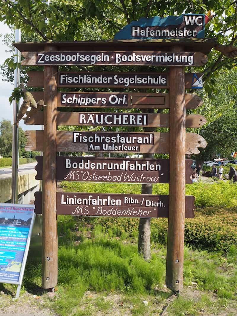"""Landschaftsgenuss pur: Die Ankunft in Wustrow ist zugleich eine (neuerliche) Einführung in die Vokabelkunde """"Ostsee für Österreicher""""!"""