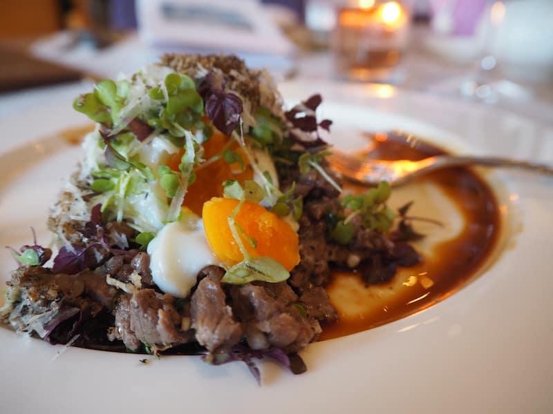 Gut speisen könnt Ihr übrigens auch in besagtem Hotel & Restaurant Seezeichen in Ahrenshoop ...