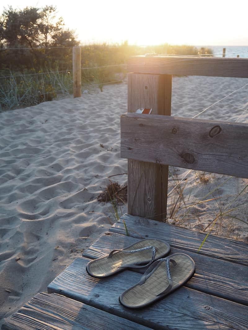 ... welches direkt am Strand gelegen ...