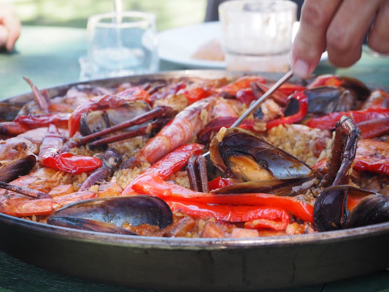 ... is home to a wonderful place for (foodie) travellers: Alberg Costa Brava.