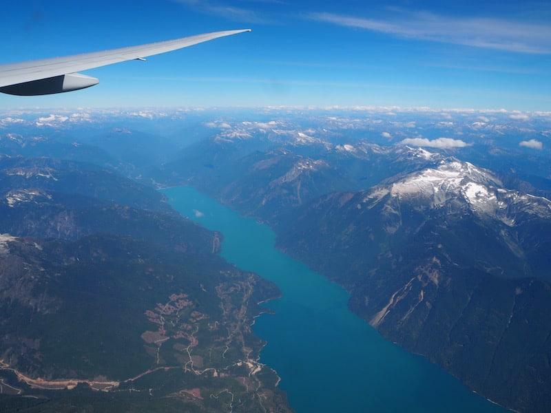 ... sowie wenige Stunden später über die Rocky Mountains von British Columbia ...