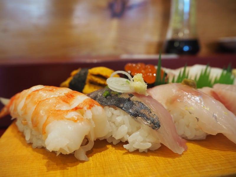 Unser Tipp für alle Feinschmecker lautet zudem: Shima ya Sushi ...