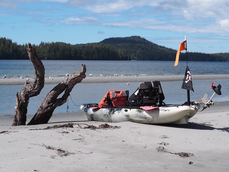 ... are a mere stone's throw away from the beach, which offers kayaks for rental and welcomes day trippers to stop and swing by, too ...
