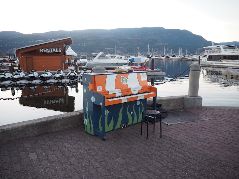 Love the Free Street Pianos on my first evening walk around the yacht club here …