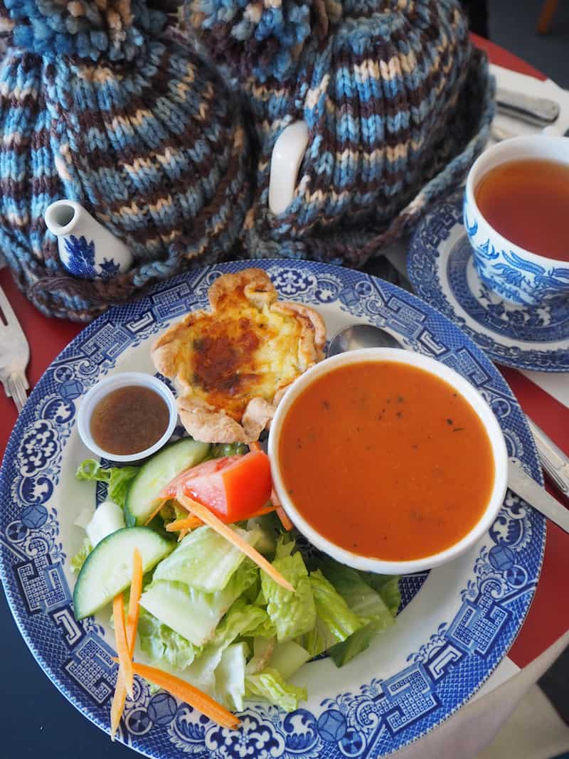 ... and back to the comfort of beautiful food and hot tea served to you near the port.