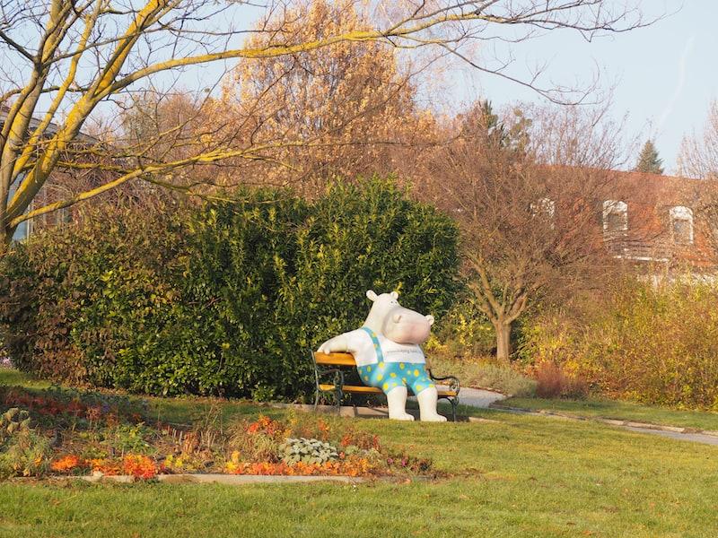 ... die Verdauungs-Verschnaufpause legt man am besten im weitläufigen Garten-Areal des Kolping Familienhotels ein ...