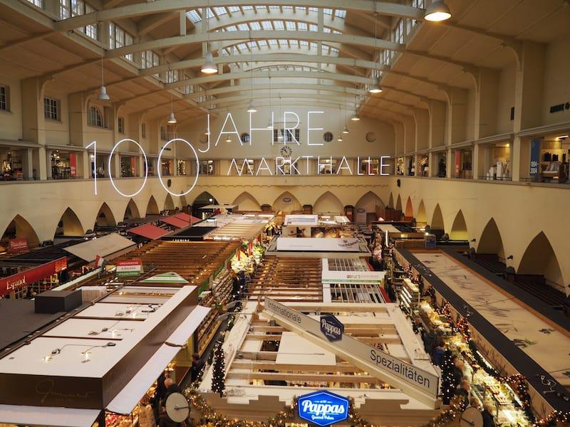 ... lohnt unter anderem der Besuch der Stuttgarter Markthalle, welche ihr über 100jähriges Bestehen feiert ...