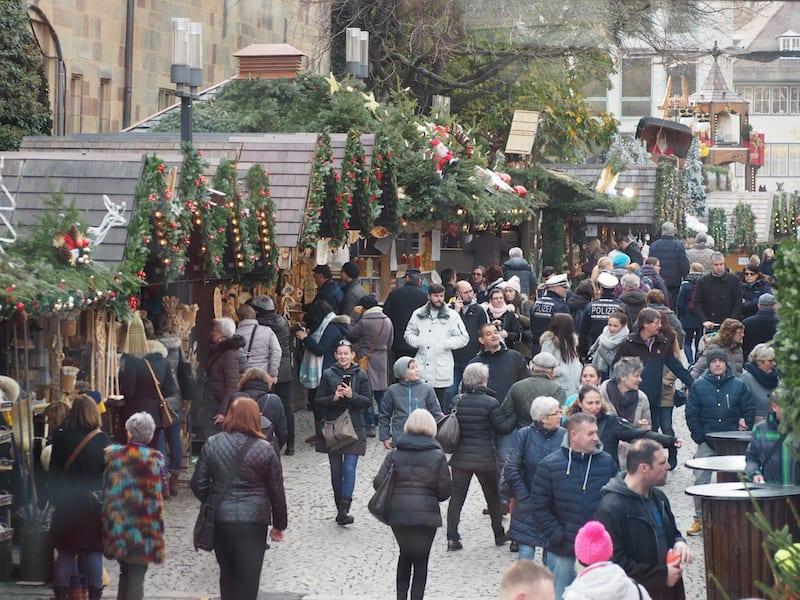 ... mal vom Weihnachtsmarkt-Getümmel abgesehen ...