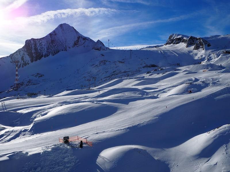 Schon im März 2016 blieb mir beim Anblick der traumhaften Gletscherabfahrten des Kitzsteinhorns fast das Herz vor (Schnee)Freude stehen ...
