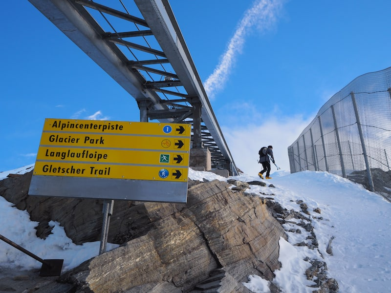 Kein Wunder, wer hier nicht geneigt ist, zum Bergsteiger / Skifahrer zu werden ...