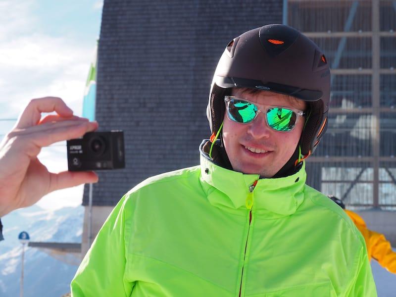 """... und auch (oder erst recht!) nicht das """"Lampenfieber"""", unter Reisebloggern stets von irgendjemandem bei irgendetwas gefilmt zu werden ..!"""