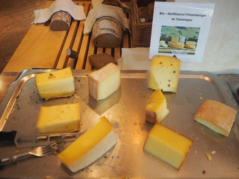 Vor allem der köstliche Käse aus der Dorfkäserei zum Frühstück ist mir immer noch in Erinnerung ...