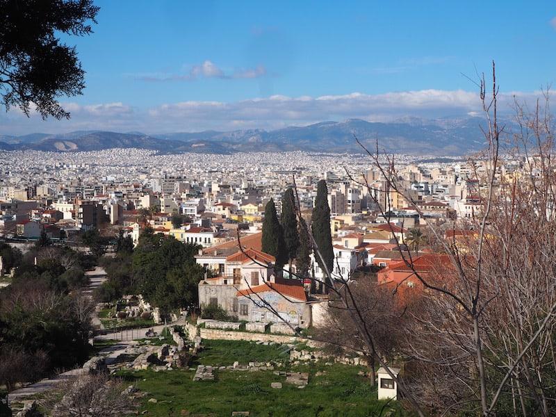 ... über das Häusermeer von Athen ...