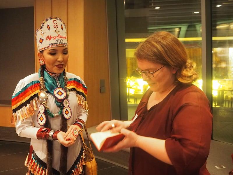 Zum Interview gebeten hat übrigens auch meine liebe Freundin & Reiseblogger-Kollegin Janett (mehr über ihre Leidenschaft für Kanada erfahrt Ihr hier) ...