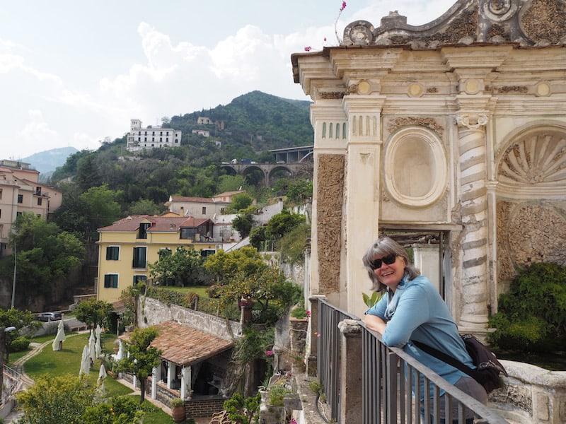 """Kultur und Sprachgenuss bietet sich auch im """"Giardino della Minerva"""" mitten im Herzen von Salerno's Altstadt an."""