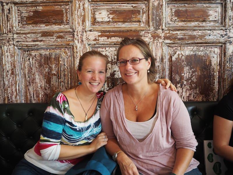 Auch Reiseblogger sind sich untereinander Kooperationspartner: Vielen Dank für das nette Bild zusammen, liebe Angelika!