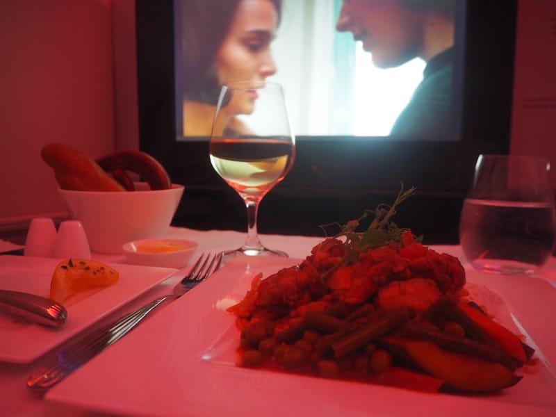 ... in der Essen & Bordunterhaltung einander perfekt ergänzen ...