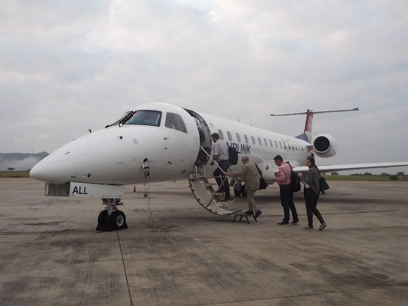 """Busch-Flugzeug: Ein """"Umstieg"""" nach der Business Class mit Qatar Airways ..!"""