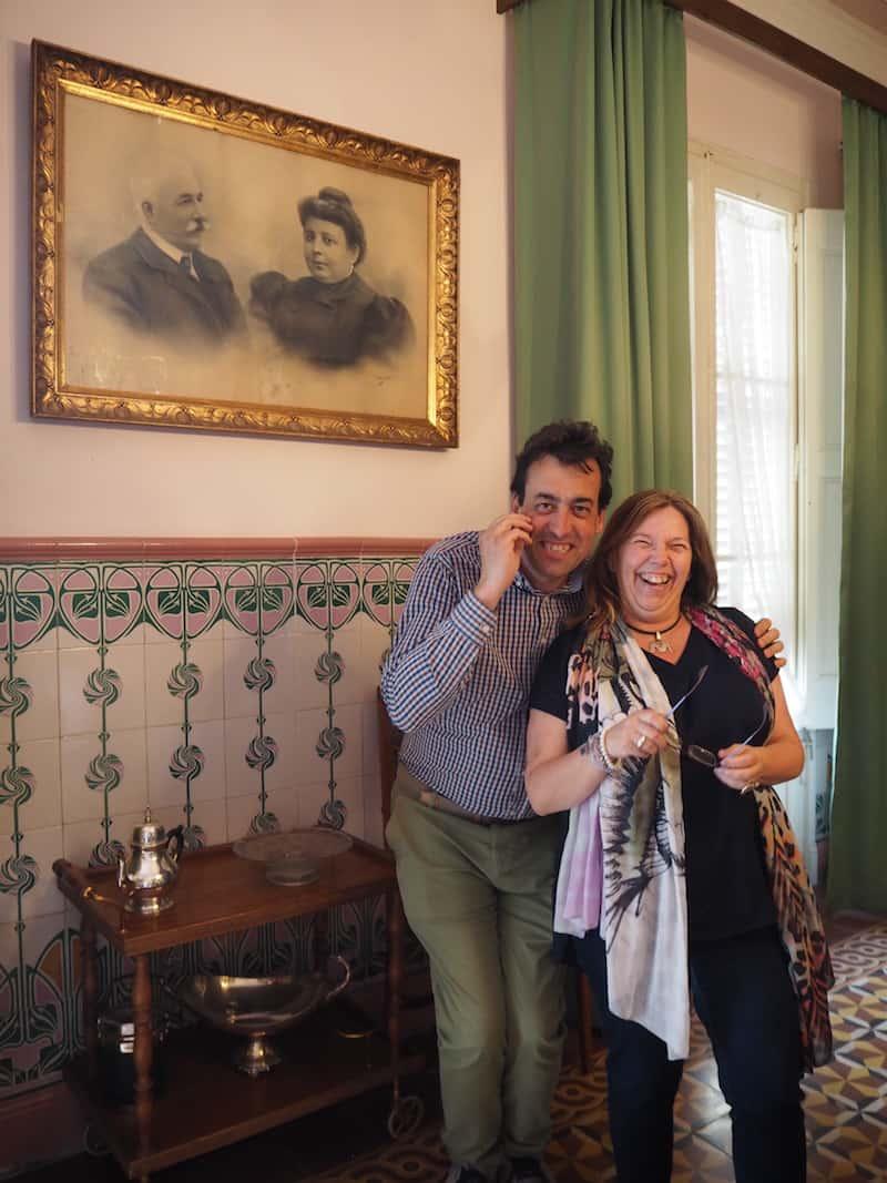 Die Katalanen: Wer würde ihnen nicht über den Weg trauen wollen ..? Hier sind wir mit dem Team Pol Fages & Marian Riembau, stolze Besitzer eines über 100 Jahre alten Hauses ...