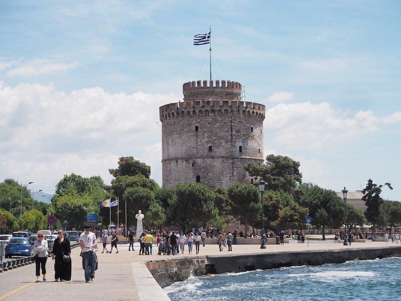 Der weiße Turm, eines der vielen historischen Wahrzeichens Thessalonikis ...