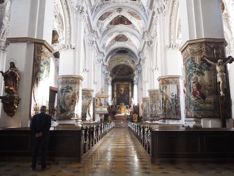 Die Stiftskirche Kremsmünster : Ein eigenes Prachtwerk für sich ...