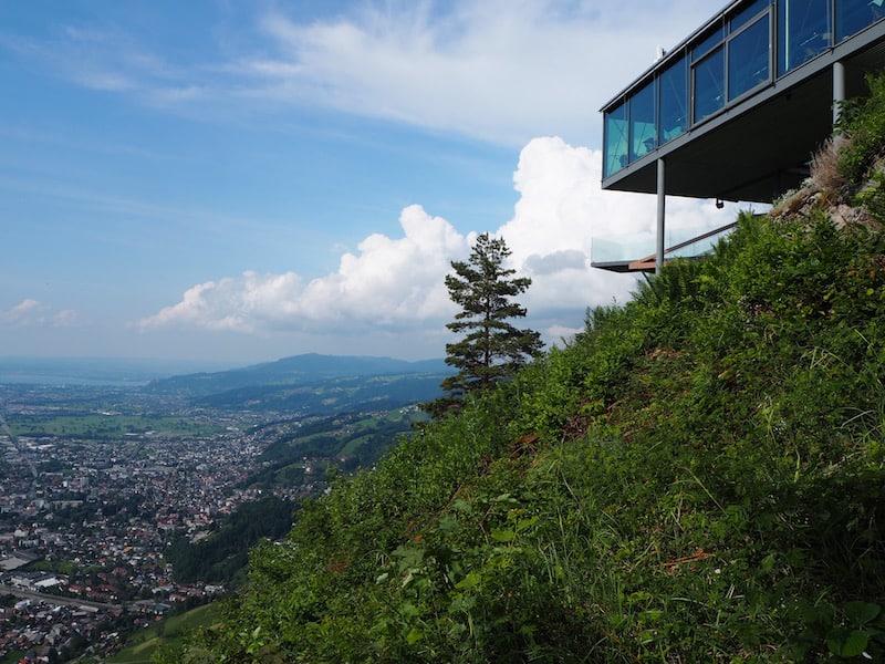 """... wir begeben uns zudem hoch hinaus, und genießen den Ausblick über Dornbirn sowie das gesamte Rheintal und den Bodensee, vom """"Dornbirner Karren"""" aus."""