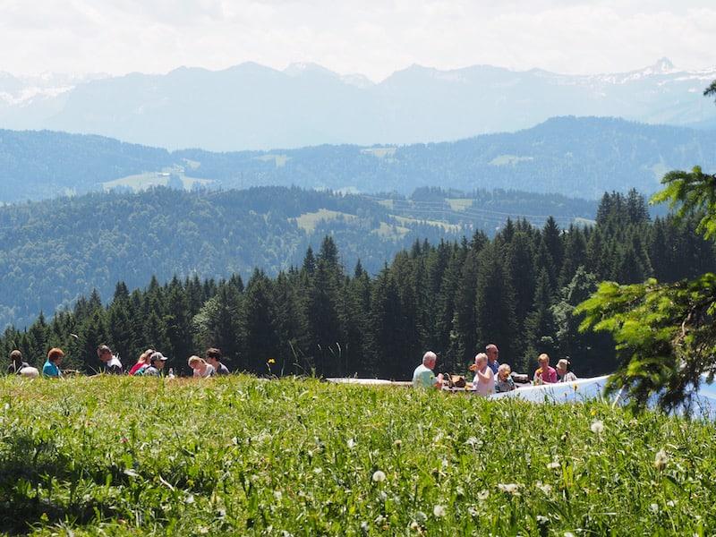 ... und nach Osten hin, die Öffnung Richtung Bregenzerwald: Der Pfänder, sowie das gesamte Land Vorarlberg, sind schon eine echte Reise wert.