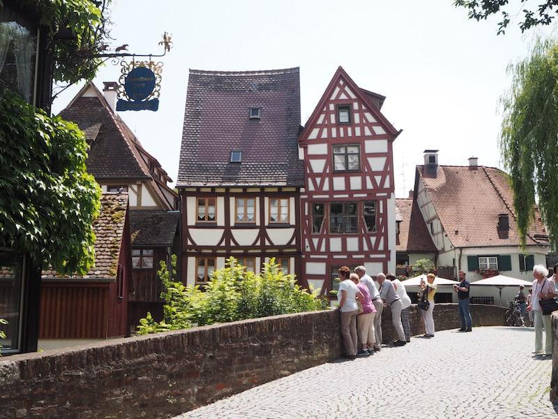 """Von dort ist es nicht weit in das historische """"Fischer- und Geberviertel"""" ..."""