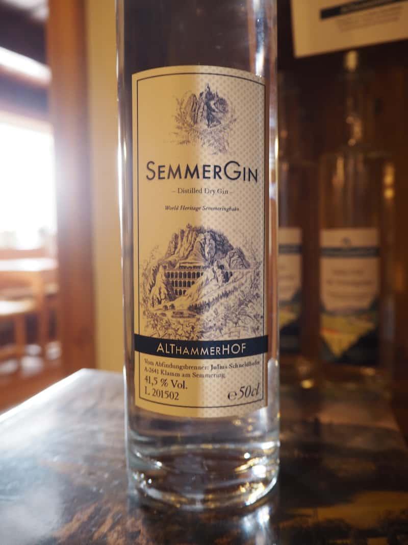 ... den SemmerGin am besten noch jetzt, im Sommer, für selbstgemachte Gin Tonics nutzen ... köstlich, kann ich aus eigener Erfahrung nur sagen!