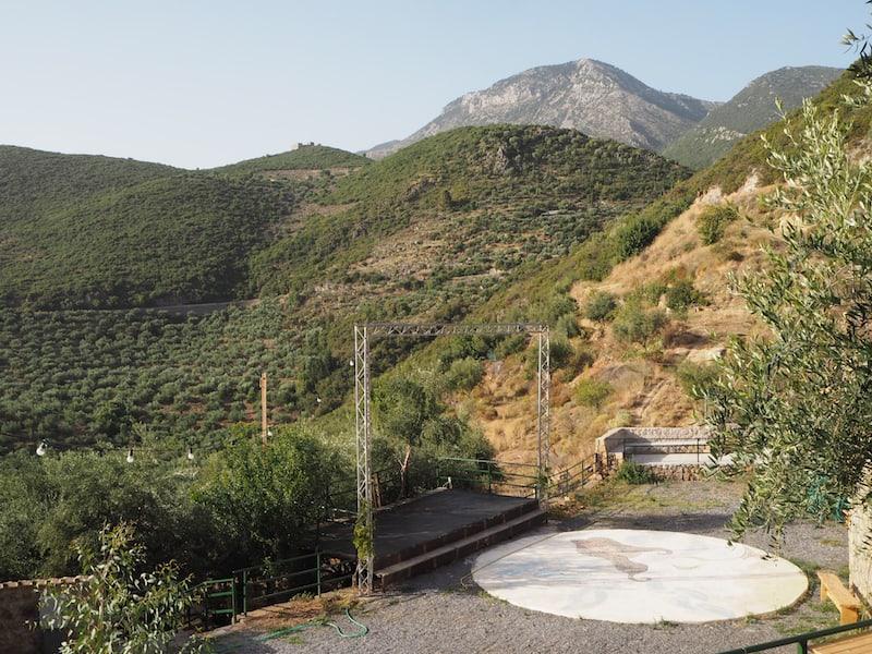 """... die als Teil von """"Urlaub am Bauernhof in Griechenland"""" Kulturveranstaltungen & Workshops jeglicher Art ..."""