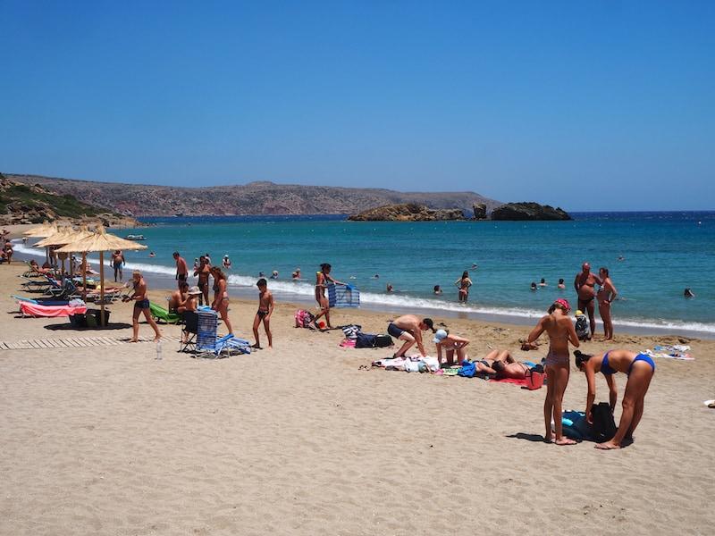 Dazu zählen umliegende Strandabschnitte wie der von Vai, ganz im (Nord)Osten der Insel Kreta ...