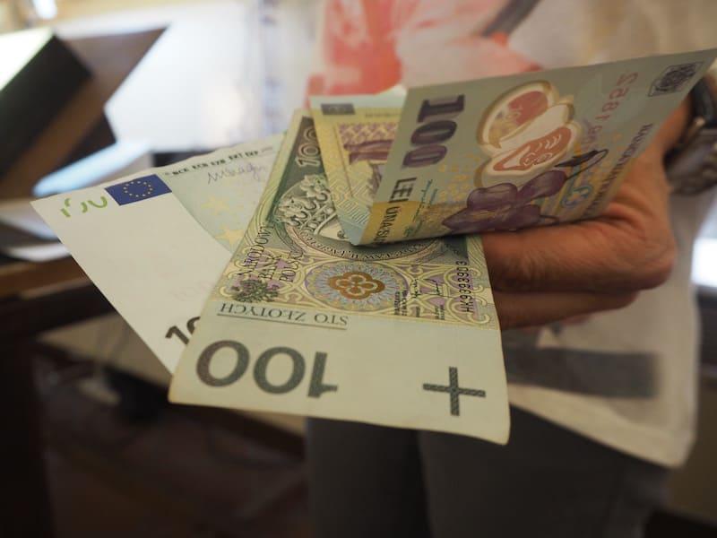 ... fließt noch heute in das moderne Geldwesen mit ein ...