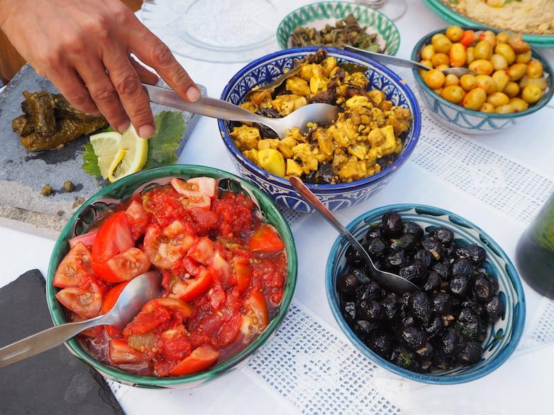 """... die mal eben ein wunderbares Menü, frei nach den """"Sabores de Almería"""" (Der Geschmack von Almería) auf die Teller zaubert ..."""