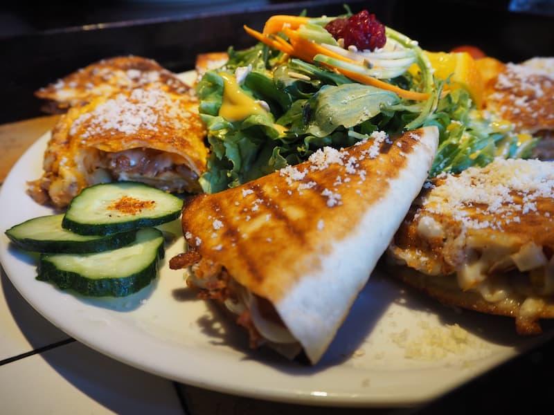 """... und auch das """"Radost Fina Kuhinjica"""", ein einmaliges vegetarisches Restaurant ..."""