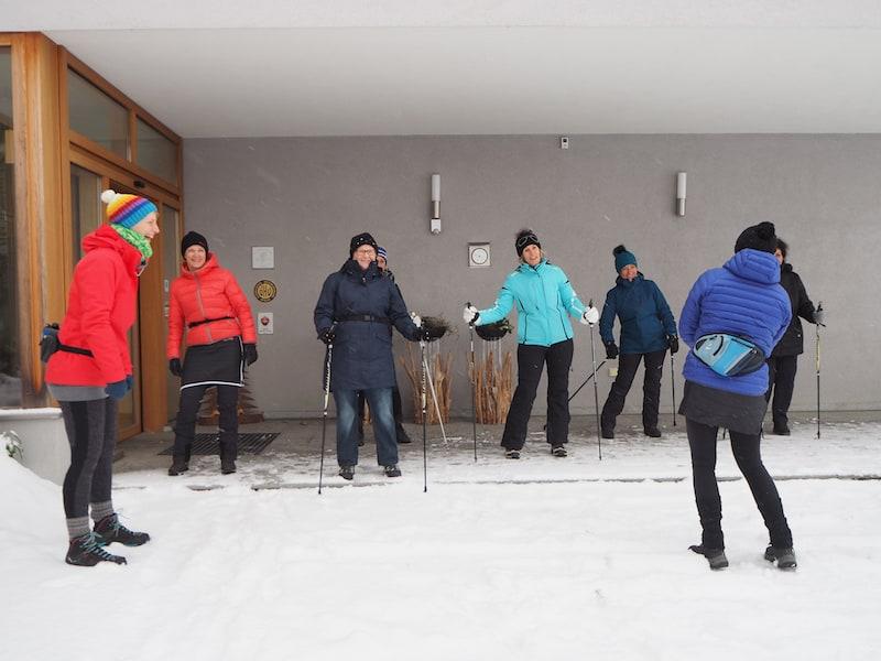 Gemeinschaft, das sind und waren für mich auch die tagtäglichen Wander- und Nordic-Walking-Runden hinein in die schneereiche Umgebung ...