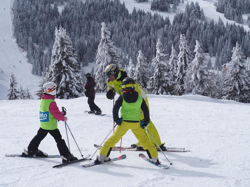 ... Dutzende Skilehrer