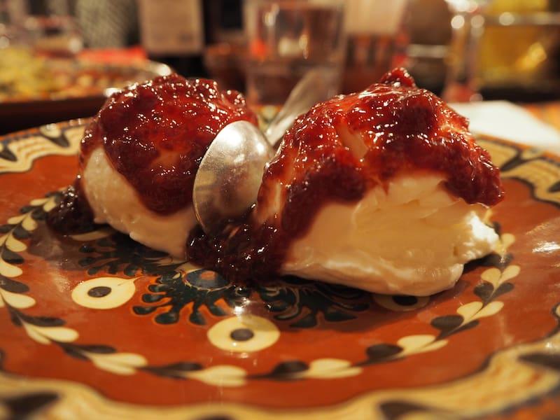 ... und schließlich und letztendlich habe ich hier nun auch das Foto des berühmten bulgarischen Yoghurts für Euch ...