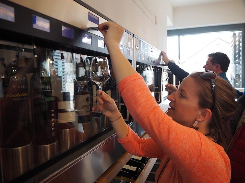 ... wenn es darum geht, verschiedenste Weine dank eines hochmodernen Dosier- und Kühlsysteme zu verkosten.