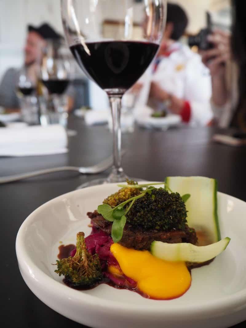 """... oder hier, im Restaurant Ravintola Wanha Laamanni, einfach himmlisch zartes Lamm mit """"Gemüsesorbets""""."""