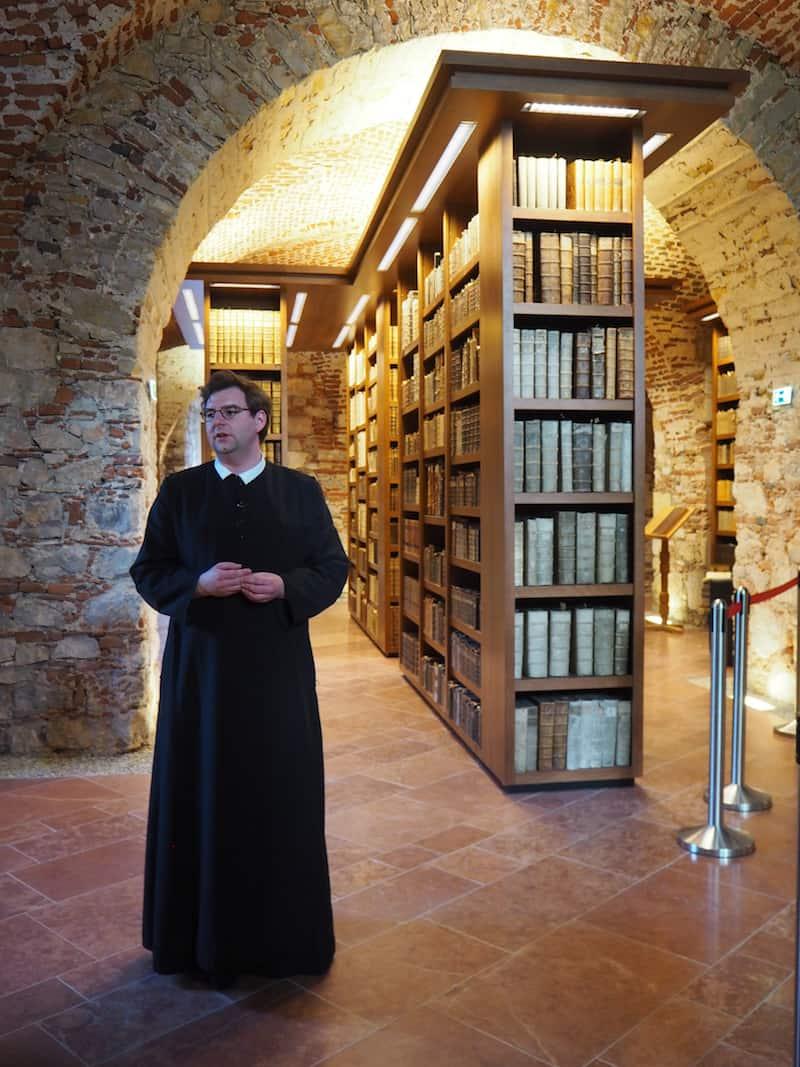 Weiter wirklich lohnenswert ist die Bibliothek des Stift St. Paul ...